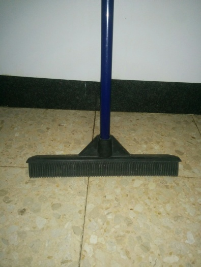 rubber-head-broom