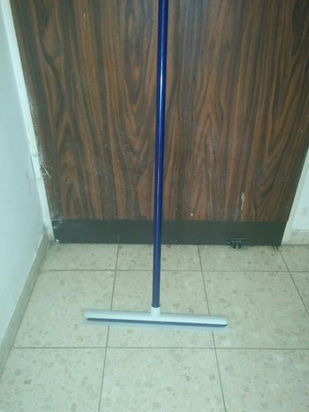 sponga stick.jpg